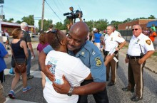 RECTION_APTOPIX_Police_Shooting_Missouri-049a6