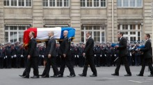 150113085037-08-paris-funerals-0113-exlarge-169
