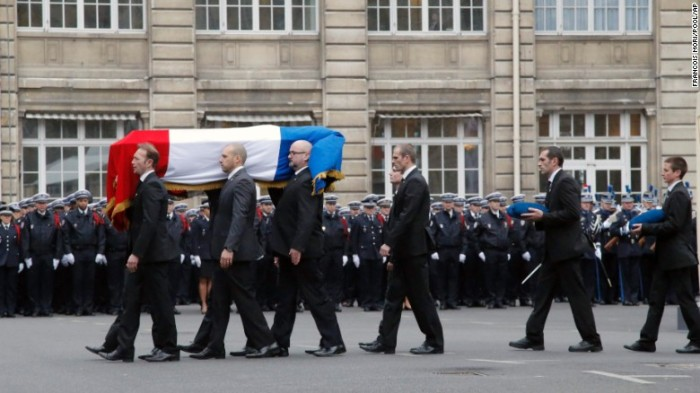 150113085037-08-paris-funerals-0113-exlarge-169