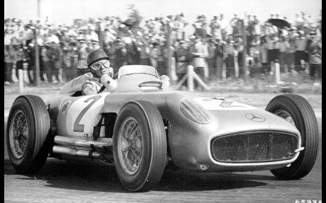 1954-1955-mercedes-benz-w196-r-silver-arrow-monoposto-juan-manuel-fangio-argentinian-grand-prix-1955-1920x1200
